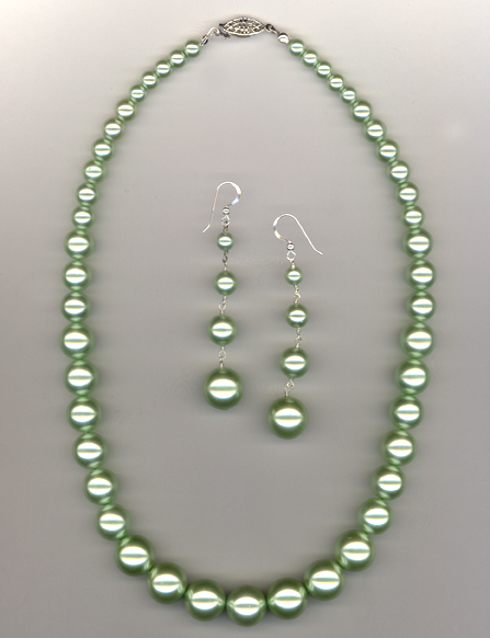 Pastel Green Graduated  Pearl Necklace/Earring Set