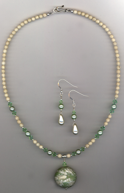 Sea Green ~ Earrings/Necklace Set