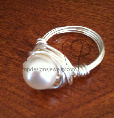 Swarovski creamy Pearl silver Wire-wrapped Ring