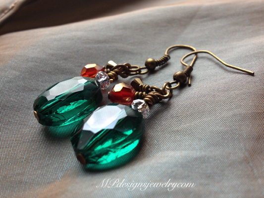 Trim the Tree ~ Emerald Crystal Gold Earrings