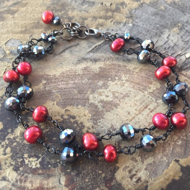 Black crystal red cranberry Pearl bracelet