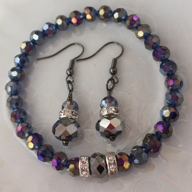 Purple Quartz Crystal Stretchy Bracelet /Earrings Set