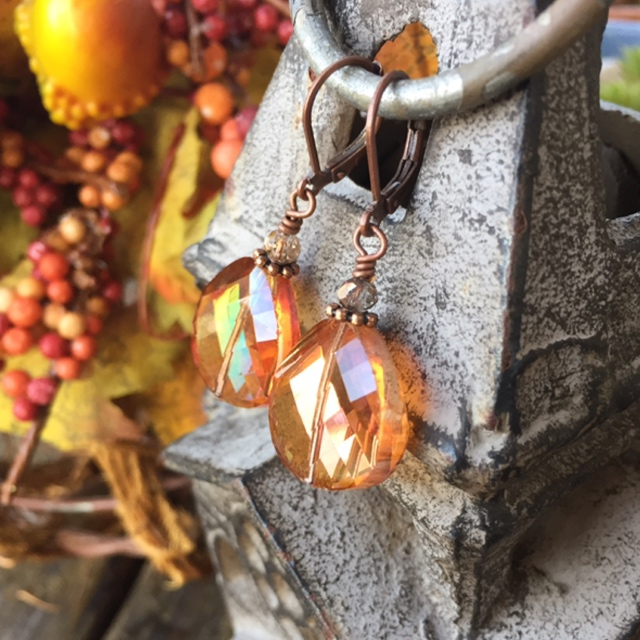 Pumpkin Spice Copper Crystal Holiday Earrings