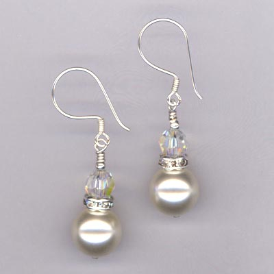 Bridal Cream pearl crystal earring
