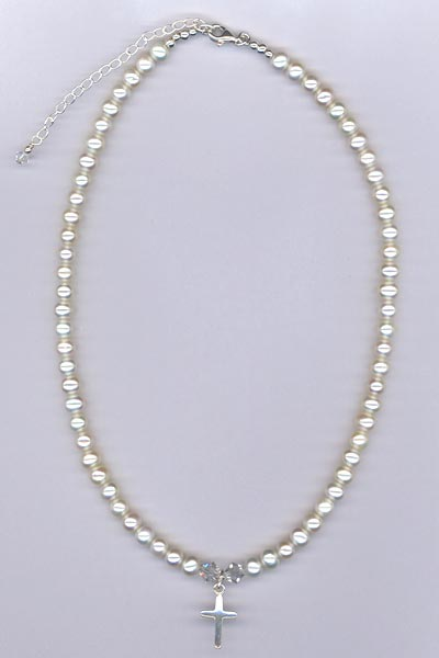 FW Pearl cross small necklace