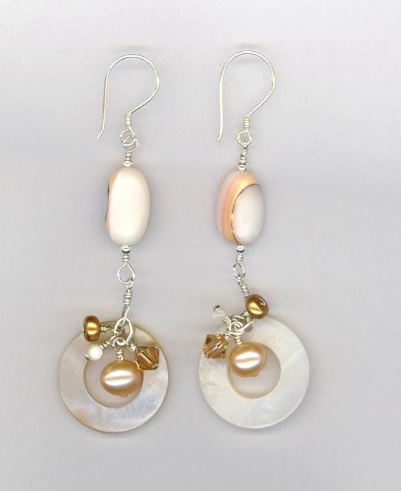 MOP shell crystal circle earrings