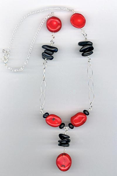 Red Coral Black gemstone chain necklace