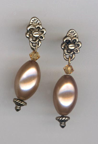 cocoa vintage pearl post earrings