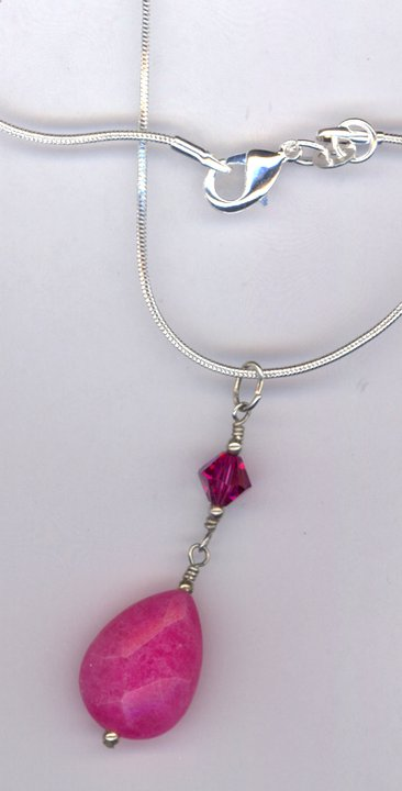 fuchsia fade pendant necklace