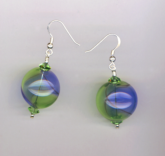 handblown g/b round earrings