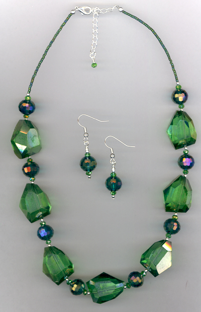 You Can't Pinch Me! ~ Green Quartz Crystal Jewelry Set