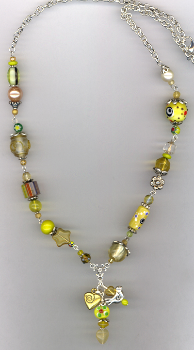 Whimsy Girl Yellow ~ Chunky Beaded Necklace