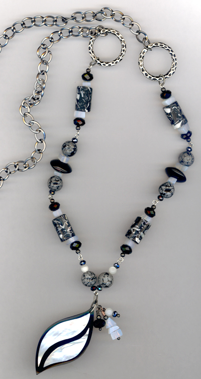 Black and White ~ Gemstone Pearl Chain Necklace