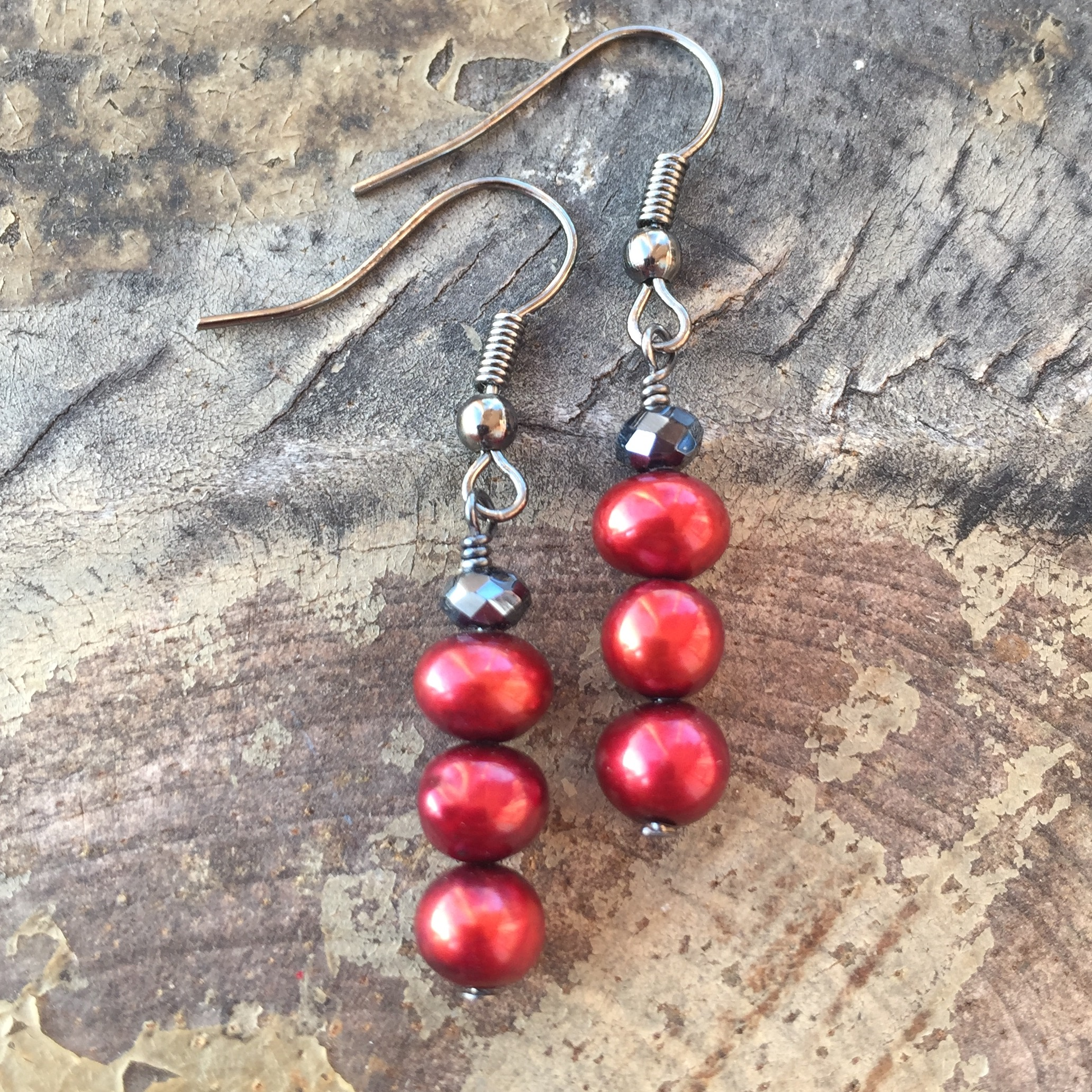 Red Cranberry Freshwater Pearl  black  crystal earrings