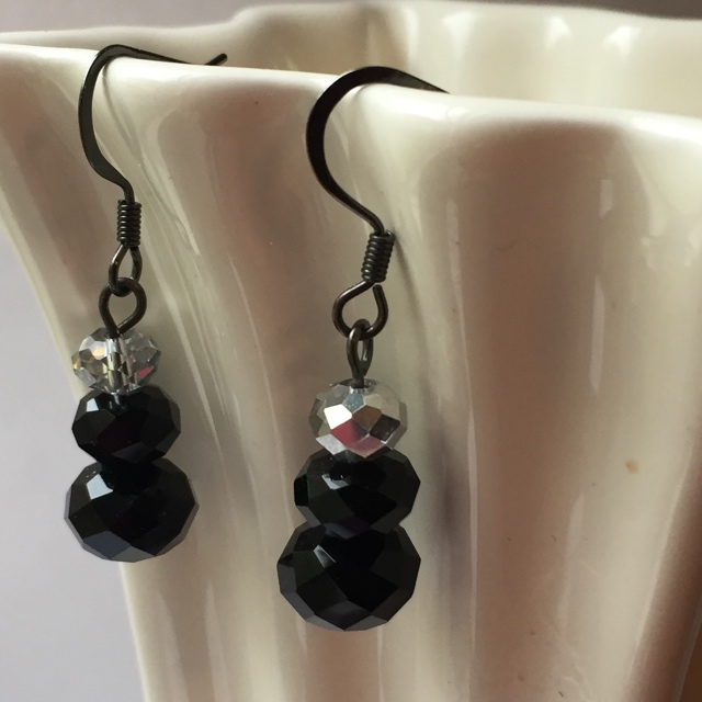 Black Silver crystal short stack black earrings