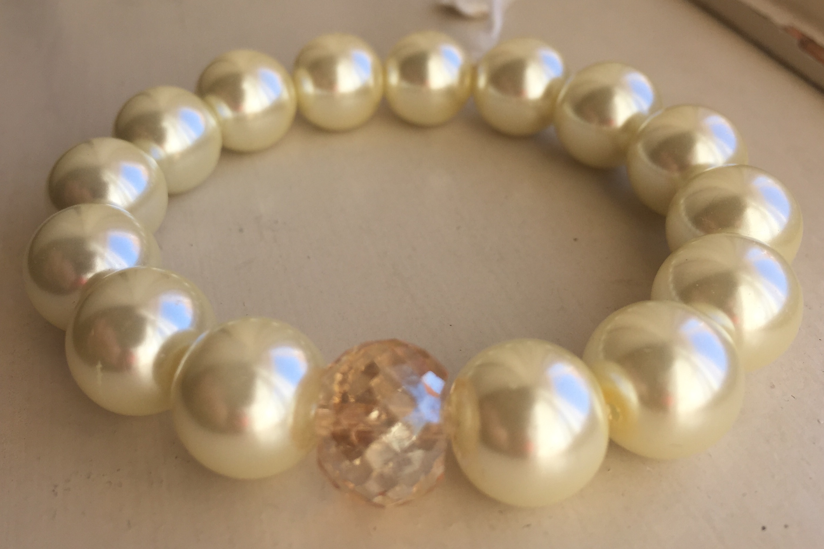 Creamy White Large Pearl Crystal Stretch Bracelet