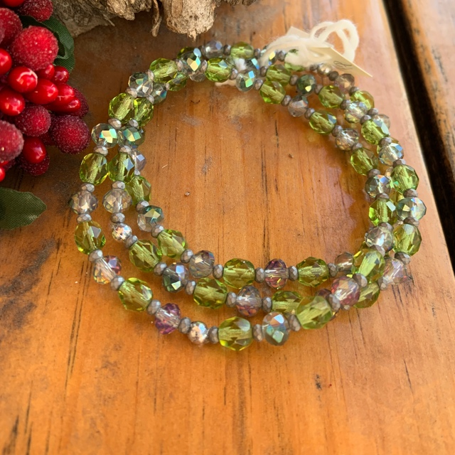 Green Peridot Silver Crystal Stretch Bracelet