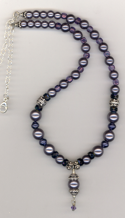 grey pearl crystal necklace